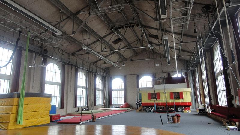 Ecole De Cirque  U2013 Ch U00e2tellerault